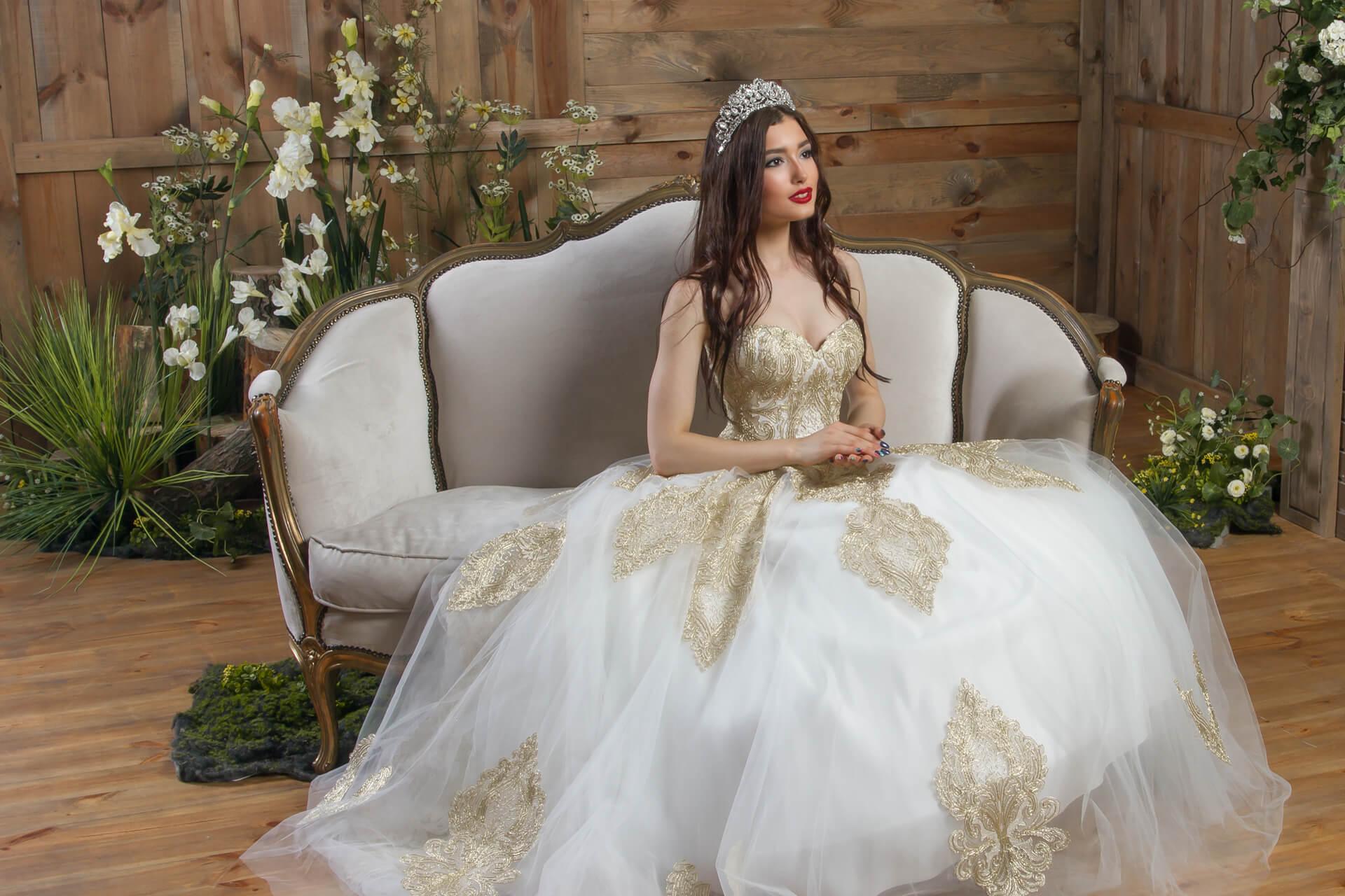 Новини та акції весільні сукні Bridals™ 6c7722c88111c